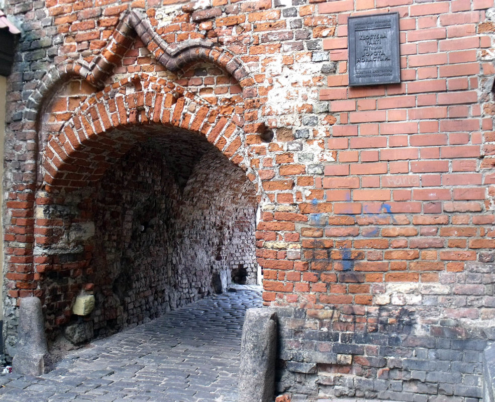Travel through time to medieval Riga
