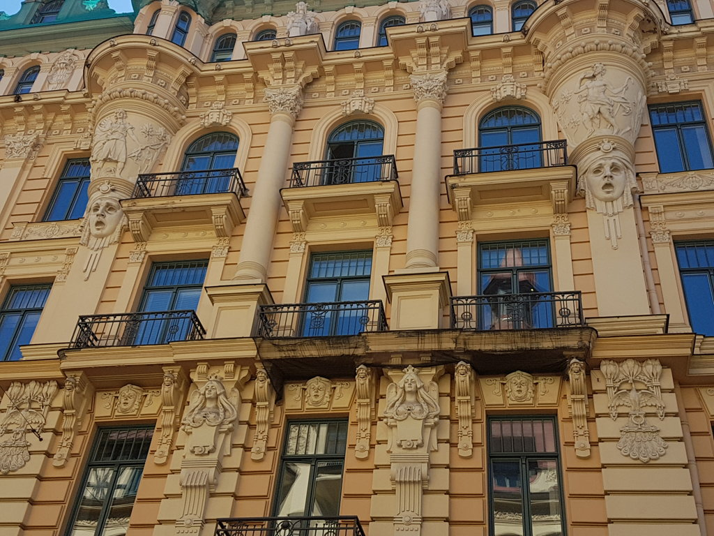 The Old Riga and Art Nouveau in the Calm Centre